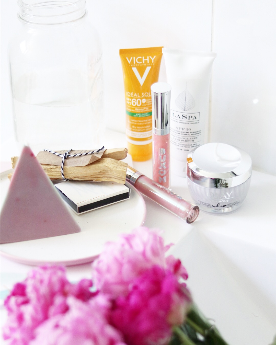 Face and Body sunscreens for summer, st.tropez, pixi sun mist, vichy, laspa natural sunscreen