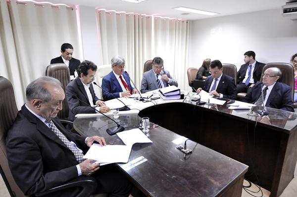 Comissão de Finanças aprova relatório do Orçamento Geral do RN para 2019