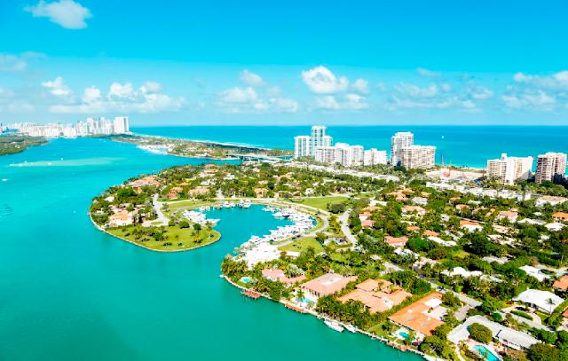 Qual é o tempo de viagem de avião até Miami