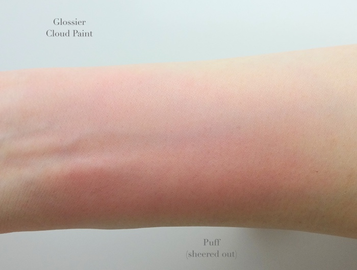 Glossier Cloud Paint Puff swatch