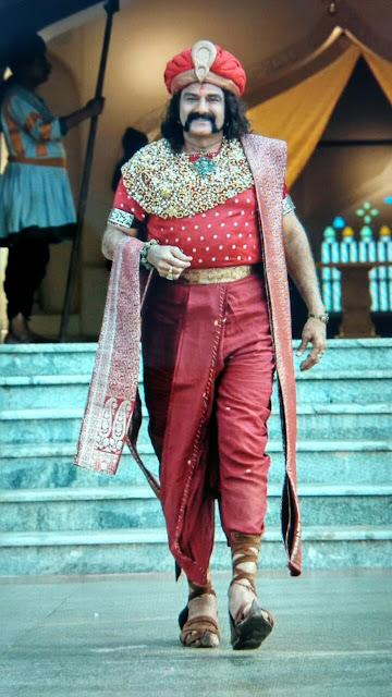 balakrishna in Gautamiputra satakarni movie stills