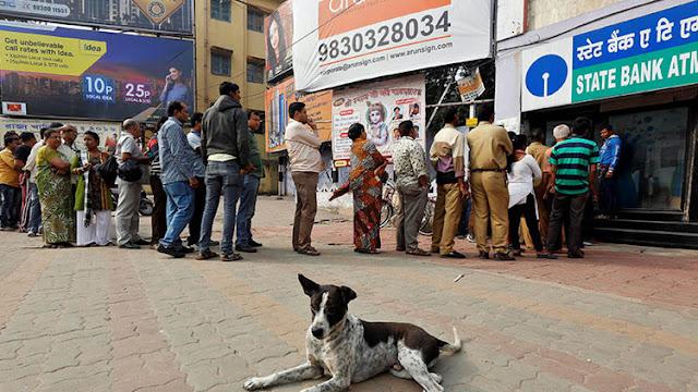 """El crecimiento de la economía india, amenazado por la lucha contra el """"dinero negro"""""""