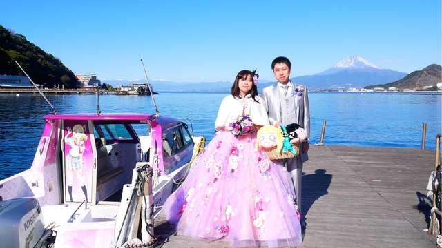 Casal tem casamento temático de Love Live Sunshine