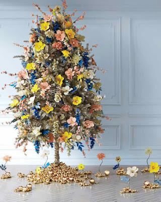 Albero di Natale con i fiori