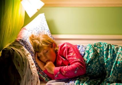 Cara Menghilangkan Kebiasaan Ngiler Saat Tidur