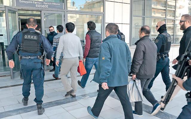 Έχουν ζητήσει άσυλο 236 Τούρκοι