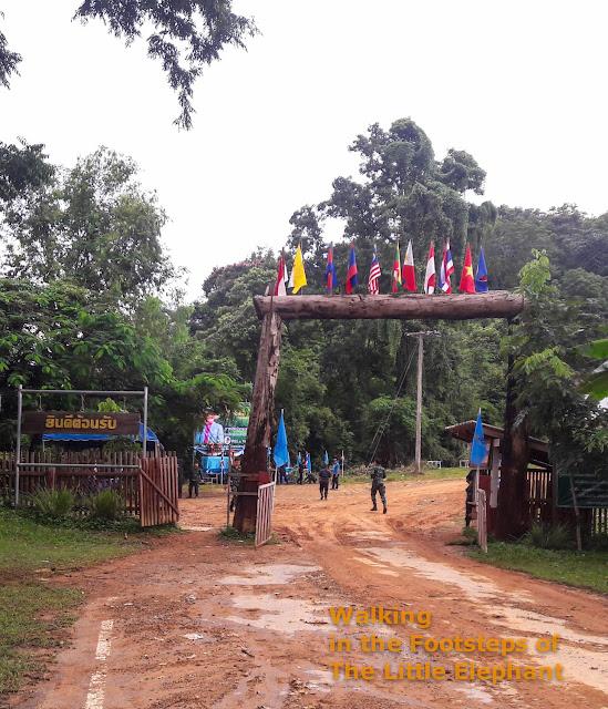 Ban Mai Chai local Thai-Lao border crossing in Nan - Thailand