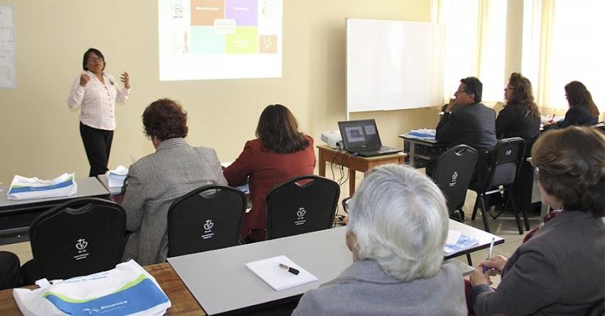 Cincuenta evaluadores de competencias buscan recertificarse ante el SINEACE - www.sineace.gob.pe