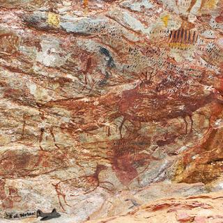 Pinturas rupestres com 6 mil anos do Sítio Arqueológico Pedra Pintada, em Cocais, MG