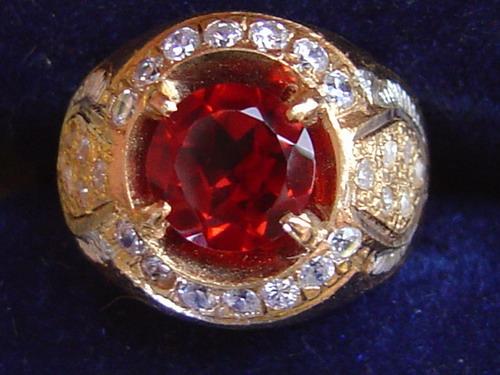 berlian merah batu akik termahal dan terlangka di dunia