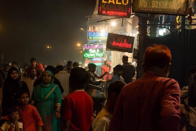 food foodie old delhi bazaar ramadan food trails Jama Masjid india