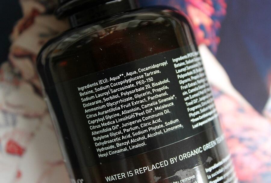 APIVITA CLEANSING GEL WITH PROPOLIS & CITRUS ingredients