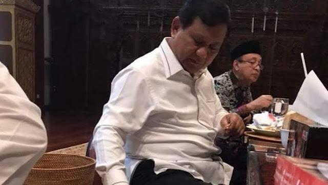 PKS Doakan Prabowo Lekas Sembuh dari Sakit
