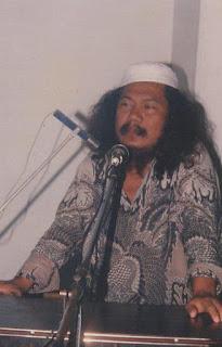 Kehebatan Gus Maksum Jauhari