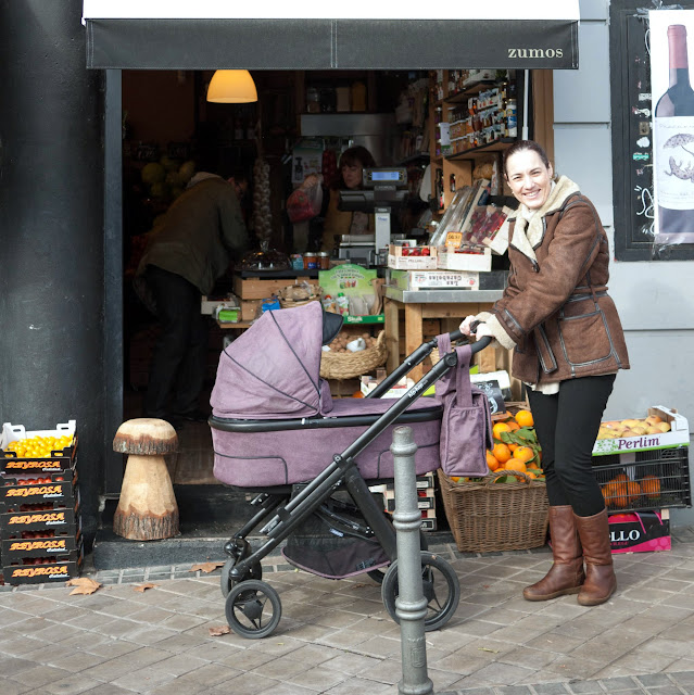 De compras por el barrio con mi carrito Bébécar