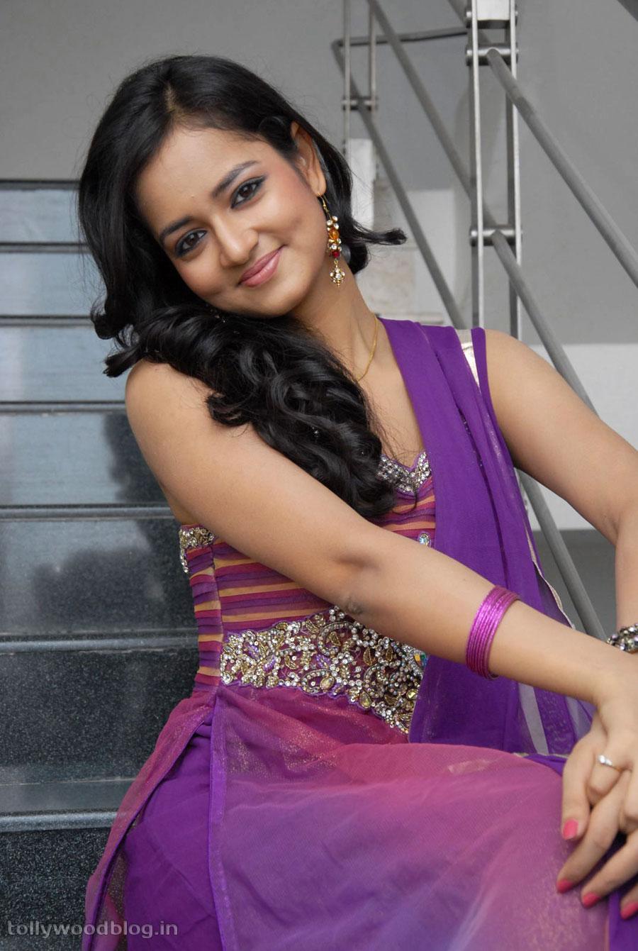 Lovely Heroine Sanvi Beautiful Photoshoot Stills