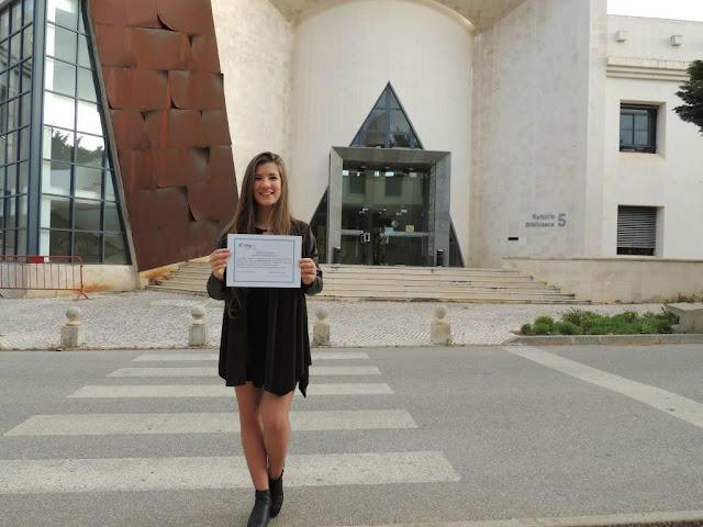 Camila da Costa recebe Prémio de Excelência da Faculdade de Ciências e Tecnologia da UAlg