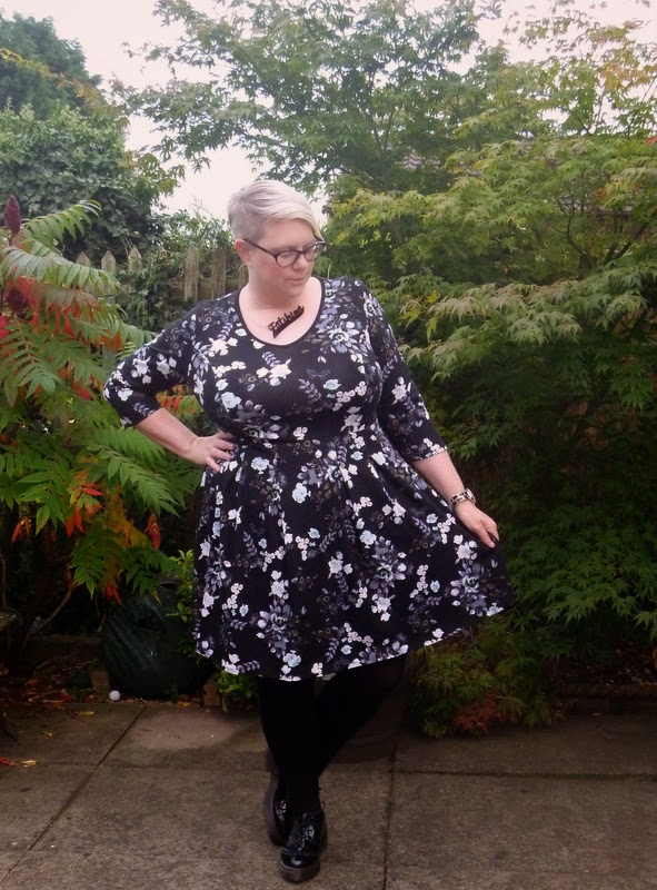 Dorothy Perkins Floral Skater Dress size 22 bbw fat girl
