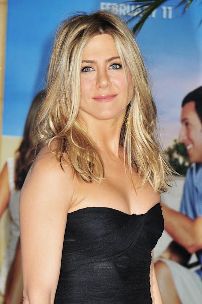 Jennifer Aniston Com