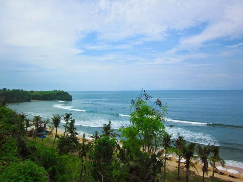 Tempat Wisata Pantai Balangan Badung