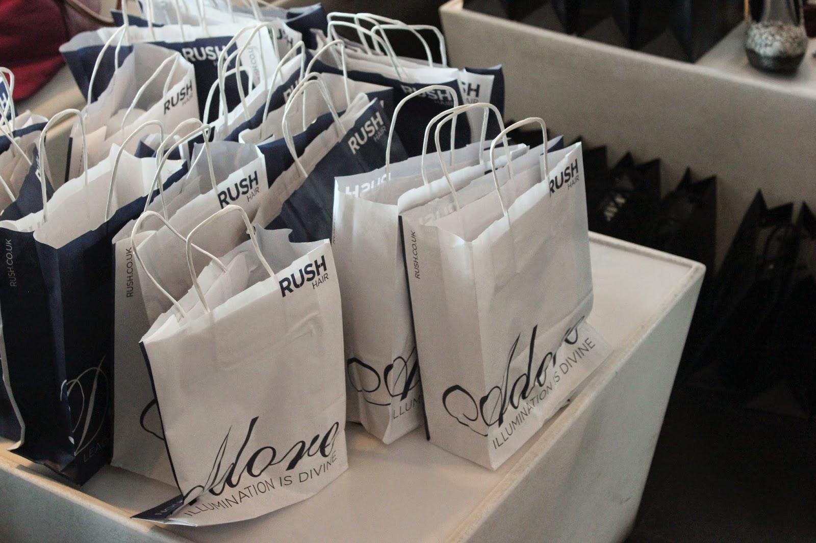 bloggers-love-fashion-week-bag