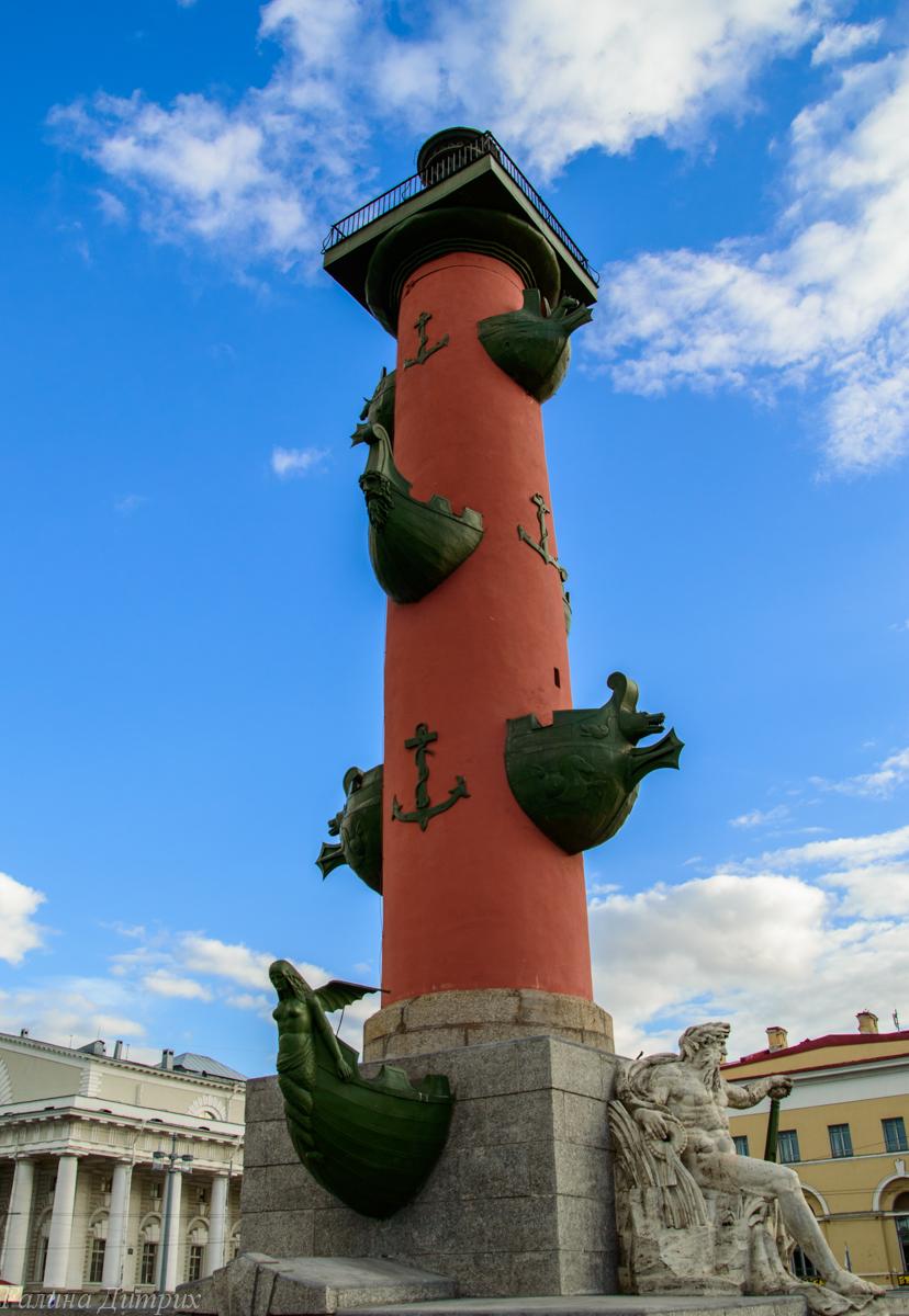 Ростральные колонны Санкт-Петербург фото