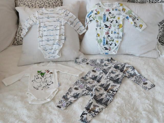 muumit vauvanvaatteet body yöpuku