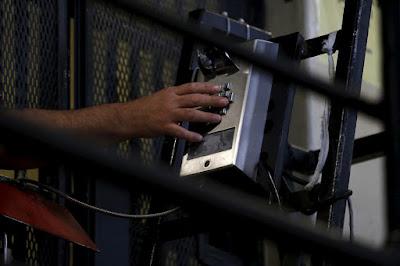 Revolusi penjara yang menggunakan sistem CellBlock di Amerika SerikatRevolusi penjara yang menggunakan sistem CellBlock di Amerika Serikat