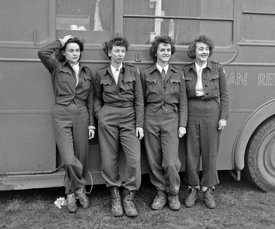 Women In Wartime - American Red Cross Clubmobile