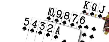 Capsa susun sendiri merupakan jenis permainan yang menggunakan kartu remi sebagai media bermainnya