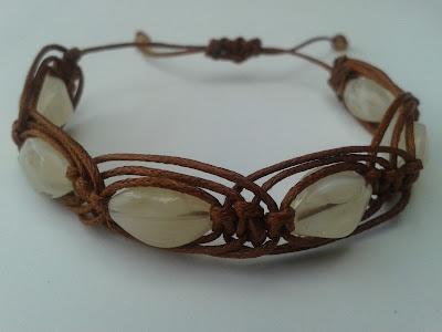 bransoletka ręcznie robiona makrama