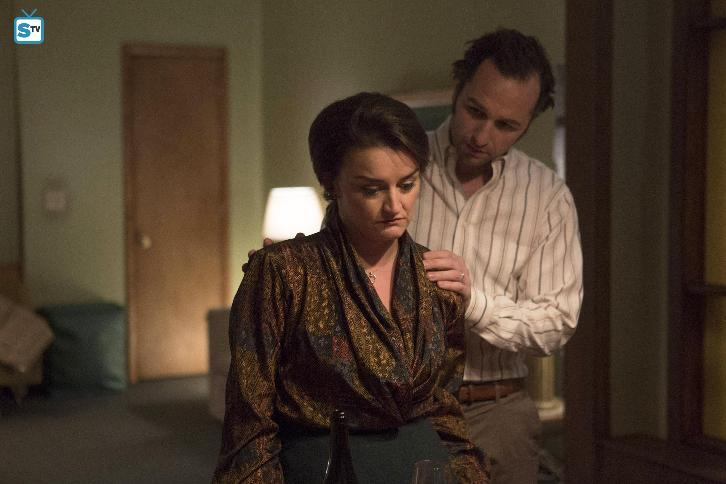 "The Americans - Clark's Place - Advance Preview - ""Under Pressure"""
