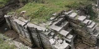Kerajaan Kediri sanggup disebut sebagai kerajaan Panjalu atau kerajaan Kadiri 22 Peninggalan Kerajaan Kediri (Candi, Kitab dan Prasasti)