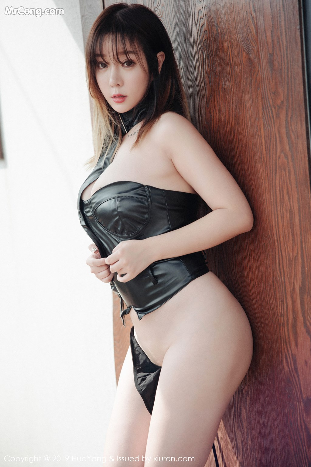 Image HuaYang-2019-03-21-Vol.124-Wang-Yu-Chun-MrCong.com-001 in post HuaYang 2019-03-21 Vol.124: Wang Yu Chun (王雨纯) (44 ảnh)