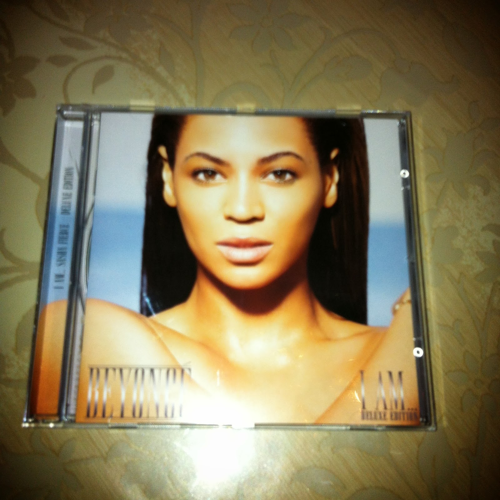 Beyoncé Deluxe Beyoncé: Swiss Lady Gaga Collection: Beyoncé