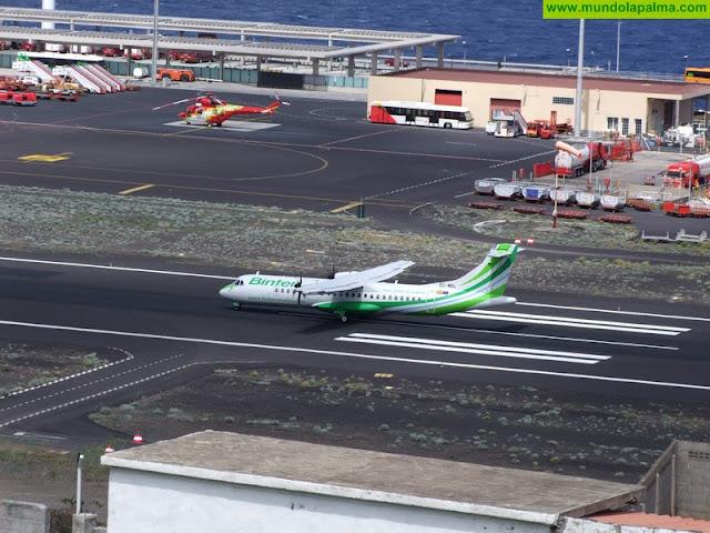 El Gobierno de Canarias reduce a diez las conexiones aéreas entre las islas para intensificar la lucha contra el coronavirus