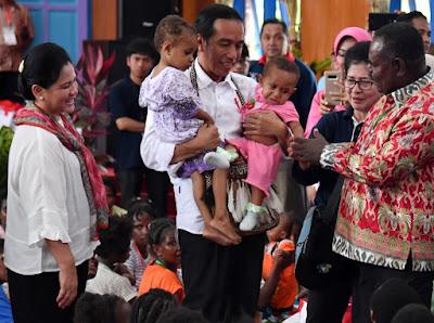 Presiden Jokowi Optimistis Pembangunan Infrastruktur di Asmat Berjalan Lancar Pasca KLB Gizi Buruk - Info Presiden Jokowi Dan Pemerintah