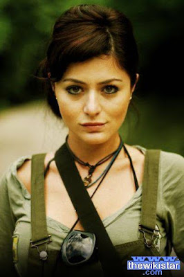 Life story Deniz Cakir, a Turkish actress, was born on December 31, 1982.