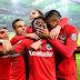 Frankfurt passa pelo Gladbach nos pênaltis e aguarda por Bayern ou BVB na final da Pokal