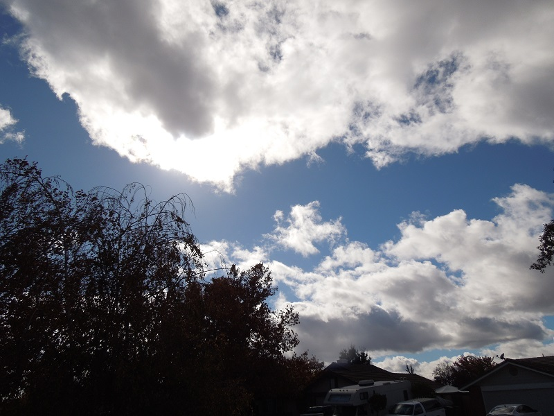 Dark Clouds in Blue Sky, 11-25-15 © B. Radisavljevic