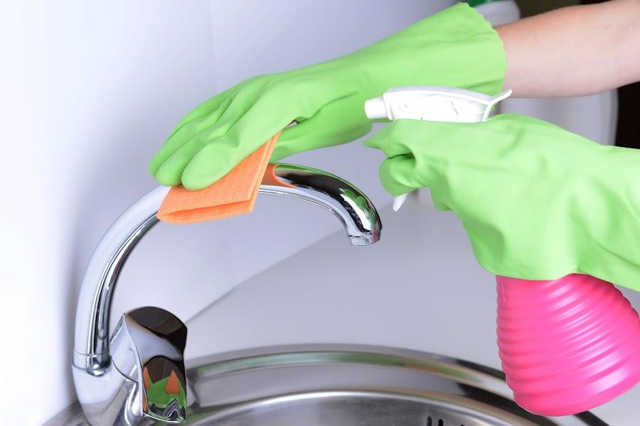 Trucos para limpiar tu baño