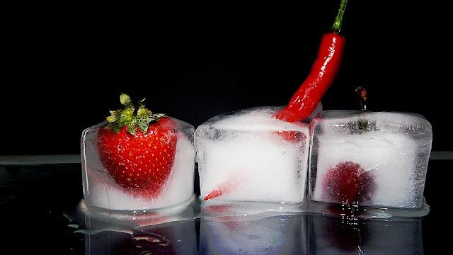 Frozen Strawberries, How To Store Strawberries, Best Ways to Store Strawberries, how to buy strawberries, Benefits Of Strawberries, strawberry nutrition, Health Benefits Of Strawberries, Strawberry Benefits, healthy food, healthy eating, foods for skin, Strawberry Health Benefits,
