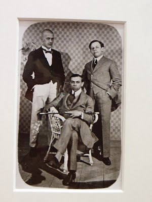 Fotograf anonim - Oskar Kokoschka(stanga), Max Oppenheimer, Ernst Reinhold (1909)