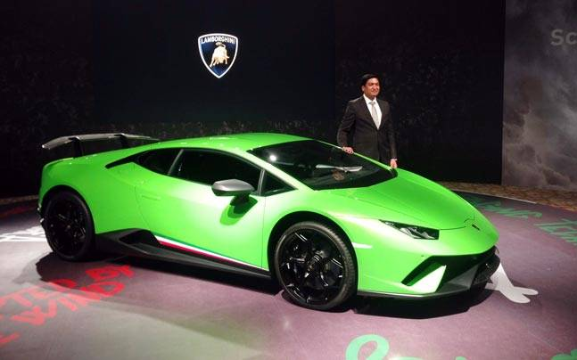lamborghini huracan performante launched in india for a whooping rs crore latest news in. Black Bedroom Furniture Sets. Home Design Ideas