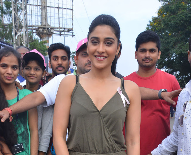 Regina Cassandra Stills at at Pink Ribbon Walk