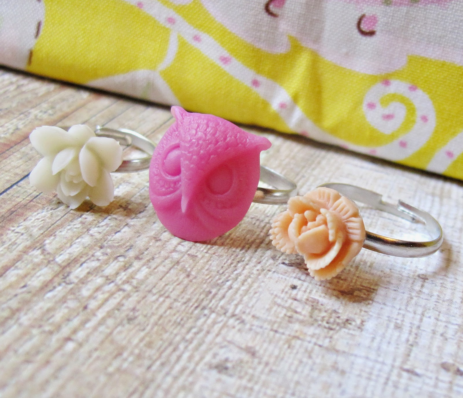 image children's ring set girls two cheeky monkeys brygida peach apricot cream pink owl rose flowers