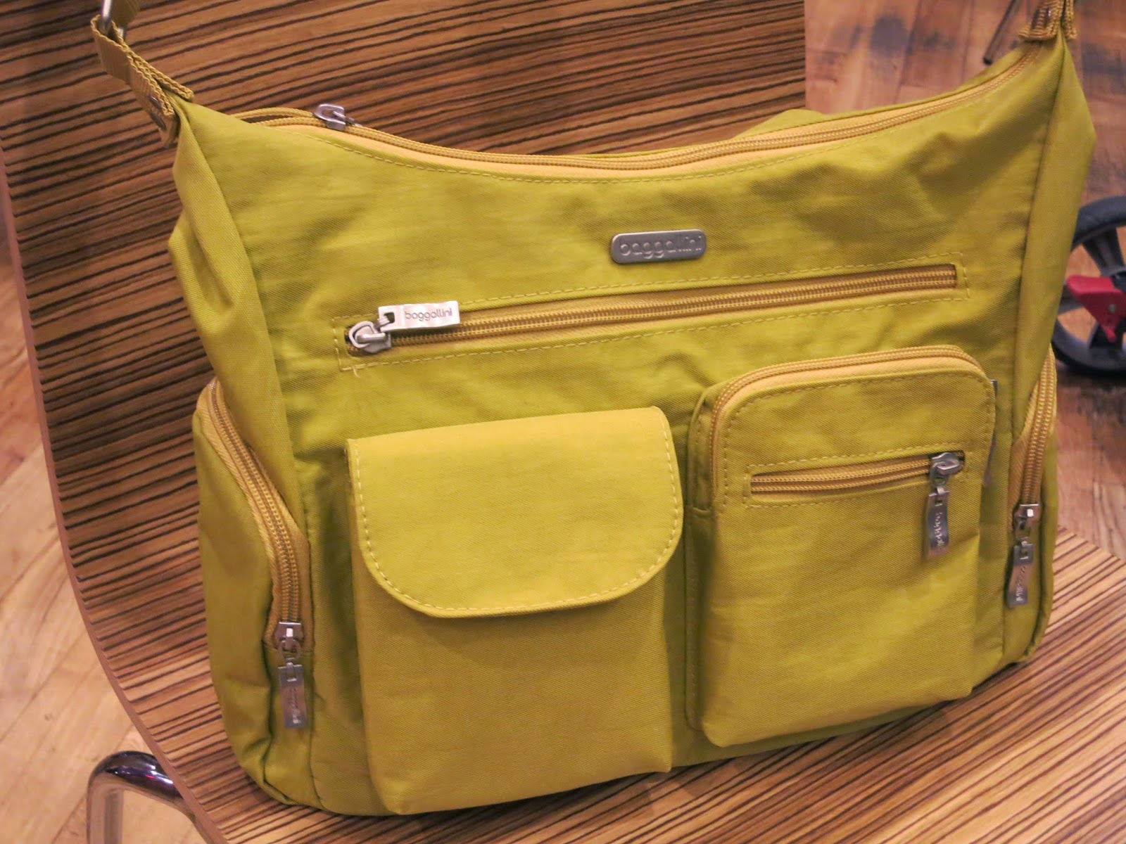 Susan 39 S Disney Family Baggallini Bags A Travel Must Giveaway