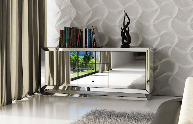 Stunning Mirrored Dresser in Elegant Styles