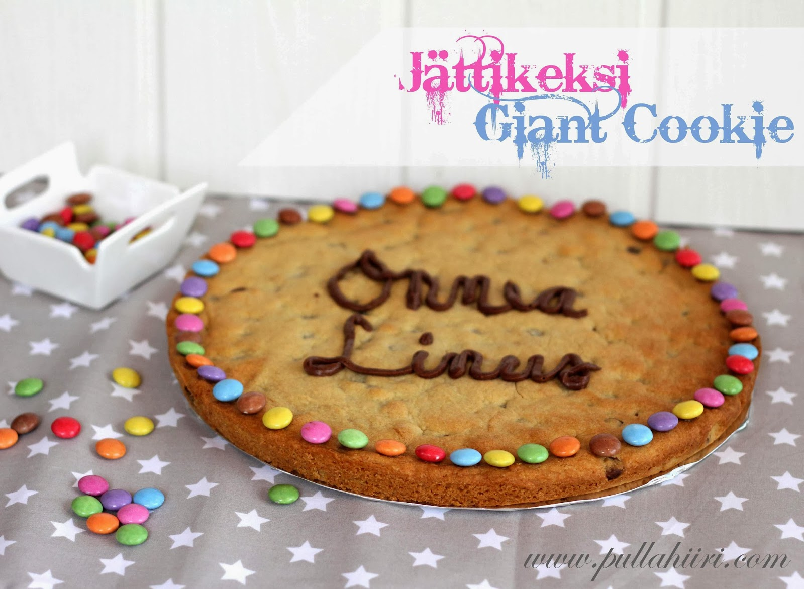 http://www.pullahiiri.com/2013/10/jattikeksi-giant-cookie.html