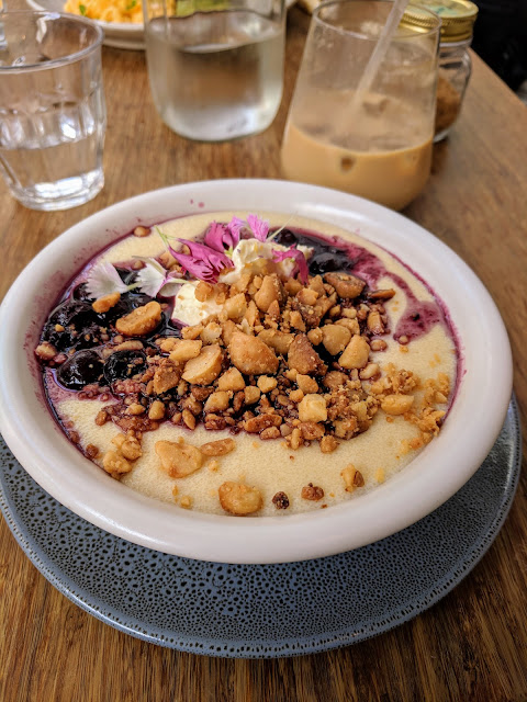 Breakfast bowl of porridge at Chuffed in downtown Auckland on a day trip from Devonport